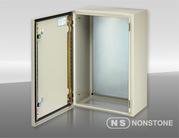ES Series Wall Mount Enclosure with Gland Plate Single-Door, IP66